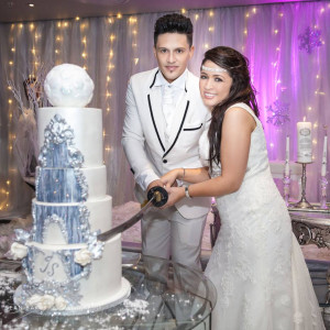 Magical-Winter-Wedding-Celebration-01a
